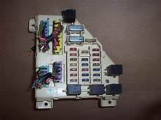 1995 1996 1997 Dodge Intrepid Fuse Relay Box 3 5l Ebay