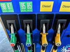 différence entre essence et diesel quel carburant choisir sous nouvel 233 tiquetage e5 e10 b7