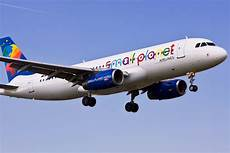 Flug Paderborn München - airport pad small planet airlines fliegt f 252 r cook