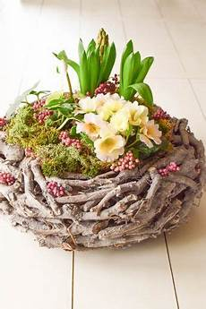 Tischdeko Ostern Selber Machen - diy fr 252 hlingskorb nat 252 rlich dekoriert fr 252 hling deko