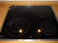 Eingebranntes Auf Glaskeramik Kochfeld Entfernen Frag Mutti