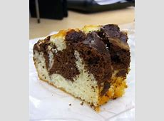 cocoa and yoghurt marble cake_image