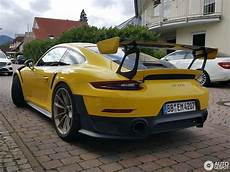 porsche 991 gt2 rs porsche 911 gt2 rs 991 laptimes specs performance data
