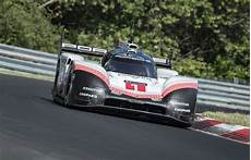 Porsche 919 Evo Obliterates N 252 Rburgring Record With 5 19 Run