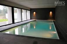 combien coute une villa indoor pool mires