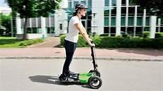 mini e scooter gro 223 es potenzial f 252 r die stadt und