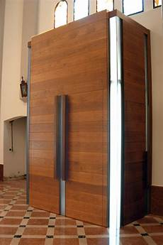 porte bussole bussola antiporta legno noce porte e bussole per chiesa