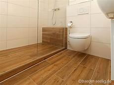 badezimmer holzfliesen optik extrahierger 228 t f 252 r polsterm 246 bel