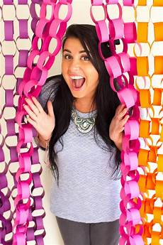 diy paper chain photo booth backdrop tutorial backdrop inspiration and ideas bespoke