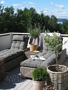 balkon lounge moebel bequeme lounge m 246 bel f 252 r drau 223 en wohnidee balkon