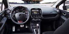 renault clio innenraum 2017 renault clio rs and gt line unveiled