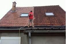 traitement mousse toiture traitement anti mousse par pulv 233 risation sur toiture