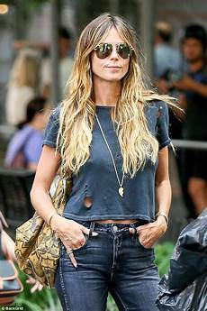 Heidi Klum Braless With Lou In Nyc Daily Mail
