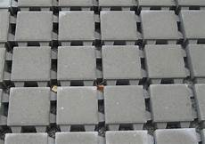 pflastersteine verlegen preise file bstpflaster abstandhalter jpg wikimedia commons