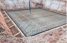 welches fundament eignet sich f 252 r fertiggaragen mit
