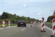 Autobahn Rechts Vorbeifahren - baustelle bu 223 geldrechner bu 223 geldkatalog 2019