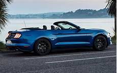 ford mustang cabriolet 2018 2018 ford mustang convertible uk wallpapers and hd