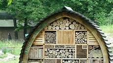 fabriquer un h 244 tel 224 insectes dans jardin