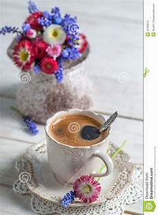 fiori coffee cup of coffee and flowers stock photo image