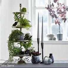 pflanzen deko wohnzimmer edle etagere lene bjerre