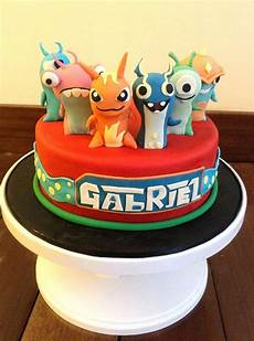 Fondant Torte Kindergeburtstag - birthday cakes slug terra themed fondant cake torta
