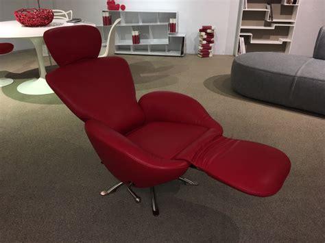Poltrona Con Poggiapiedi Lounge Chair E Ottoman