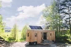 Autarkes Haus Selber Bauen - fanni wohnwagon tiny house in austria