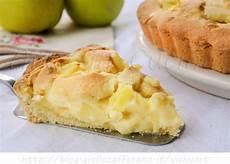 mele in crema pasticcera e cioccolato bianco il giardino delle delizie crostata con mele e crema pasticcera