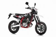 2017 sm 125 r swm motocykly