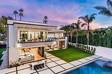 luxury villa in the new modern luxury villa in los angeles modern villas