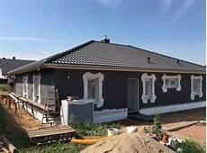 Neubau Bungalow Mit Wdvs Fassade In D 246 Beln