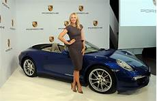 porsche 918 spyder prix sharapova joyrides in 918 spyder wins third porsche grand prix the news wheel