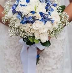 blue and white diy wedding flowers real wedding