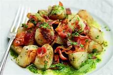 rezepte mit topinambur topinambur rezept salat mit bacon herbstsalat