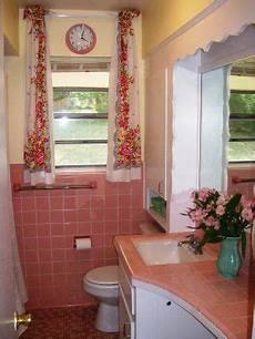 17 best images about decorating around old school bathroom tile on pinterest