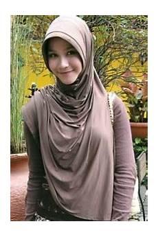 Kumpulan Gambar Model Jilbab 2013 Mata Iwoi