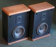 vintage realistic mc 500 walnut bookshelf 2 way speakers