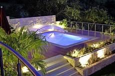 Swimming Pool In Hanglage Terramanus