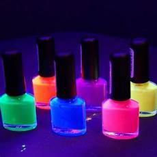 maquillage fluo pas cher question actu un maquillage fluorescent
