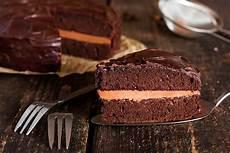torta con crema alla nocciola bimby torta al cioccolato con crema alla nocciola fidelity cucina