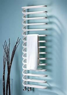 heizkörper mit strom hochwertige badheizk 246 rper mit modernem design archzine net