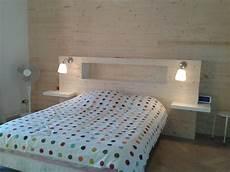 tete de lit bois peint chambre fabriquer sa tete de lit sikel idee peinture