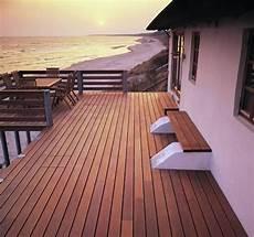 terrasse aus bangkirai holz 25 tolle design ideen f 252 r