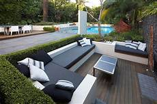 garten sitzecke modern outdoor living with sunken lounge views to pool and