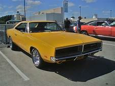10 Most Iconic Classic American Muscle Cars  Autobytelcom