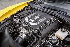 2016 chevrolet corvette z06 vs dodge viper acr vs