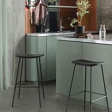 sgabelli in metallo fiber stool m sgabello muuto in metallo seduta in