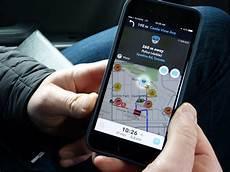 Waze Mostra Em Tempo Real Onde Encontrar Postos