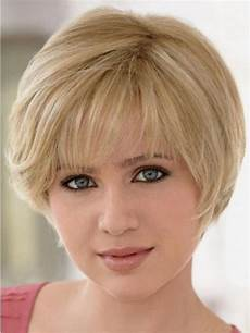 15 gratifying short hairstyles for round faces