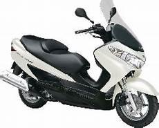 suzuki burgman 125 vitesse max fiche technique scooter revue technique scooter